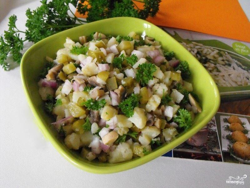 კარტოფილის სალათი კიტრით და ვაშლით