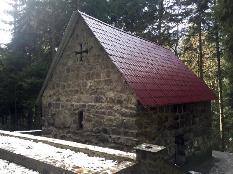 წმ.სერაფიმე საროველის ეკლესია